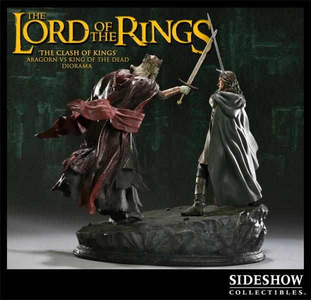 サイドショーのロードオブザリングジオラマスタチューシリーズに「The Clash of Kings - Aragorn VS The King of the Dead 」が登場